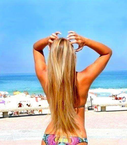 cabelos femininos loiros com luzes e longos