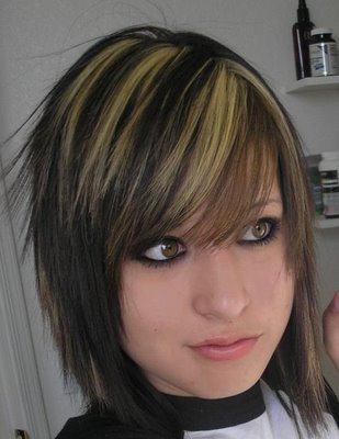 cabelos pretos com luzes