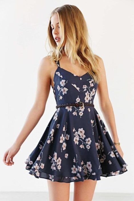 vestido curto floral 470x705 - Vestido Curto da Moda ( Veja como usar )