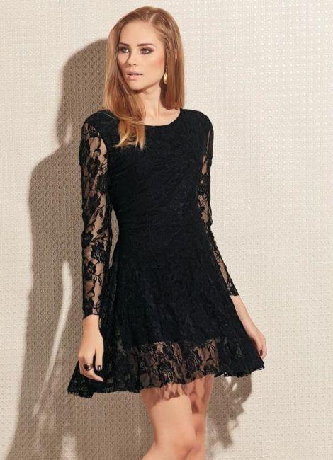 vestido curto preto com renda e manga longa 470x650 - Vestido Curto da Moda ( Veja como usar )