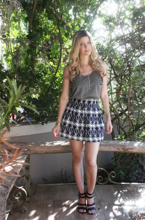 imagem 22 1 470x711 - LOOKS COM BLUSAS REGATAS para toda hora ( Com saia, shorts ou calça )
