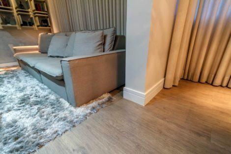 imagem 4 470x313 - RODAPÉ de madeira para apartamento ou casa, veja ideias