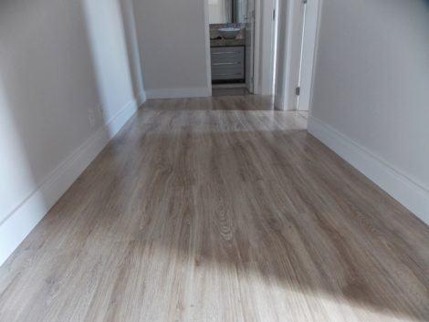 imagem 8 1 470x353 - RODAPÉ de madeira para apartamento ou casa, veja ideias