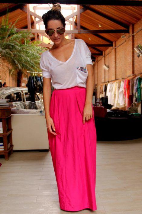 blusa de malha com saia longa 470x705 - BLUSAS DE MALHA femininas, Looks Com Calça, saia, Short