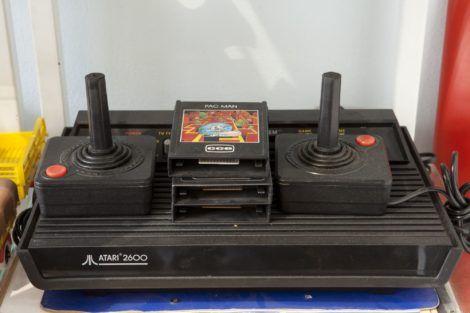 videogame atari 470x313 - BRINQUEDOS antigos de crianças que são inesquecíveis