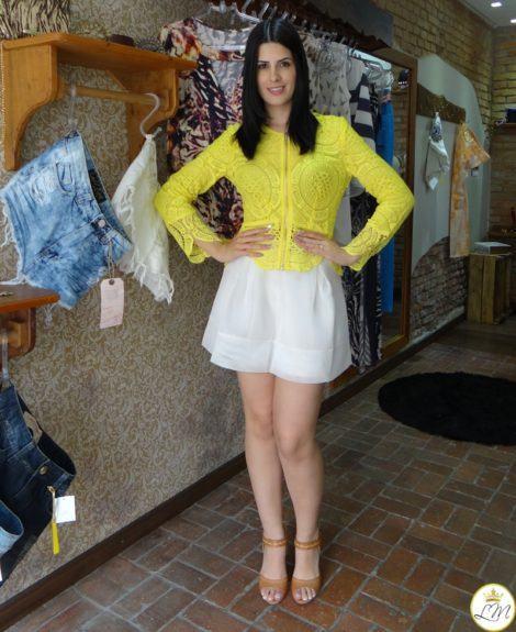 imagem 23 1 470x575 - BLUSA DE RENDA AMARELA, modelos para usar com saia e shorts