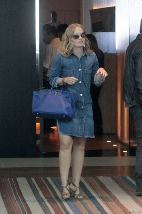 bolsas femininas de couro 7 470x706 - Looks com Belas BOLSAS FEMININAS DE COURO da moda