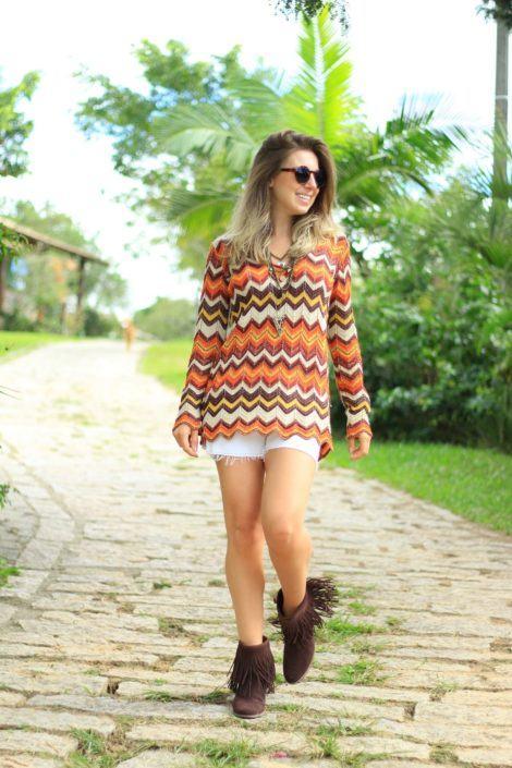 imagem 17 470x705 - Botinha feminina com franja : Com saia, vestido e calça jeans (Veja como usar)