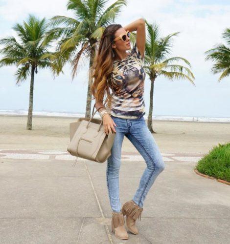 imagem 18 470x500 - Botinha feminina com franja : Com saia, vestido e calça jeans (Veja como usar)