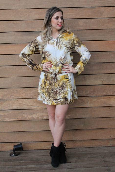 imagem 25 470x705 - Botinha feminina com franja : Com saia, vestido e calça jeans (Veja como usar)