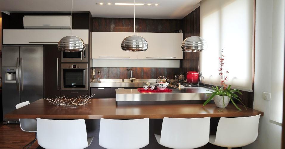 Como decorar cozinha planejada de apartamento com mesa - Mesas para ordenador pequenas ...