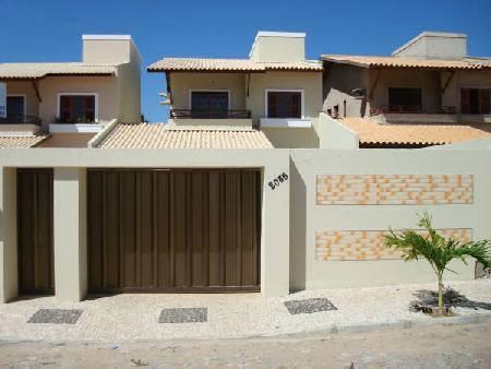 Ideias para fachada residencial simples em 30 fotos moda for Fachadas de frentes de casas modernas