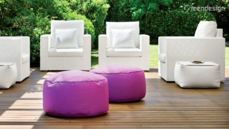 puff decorativo roxo 470x264 - Modelos de Puff decorativo para sala de estar coloridos e charmosos