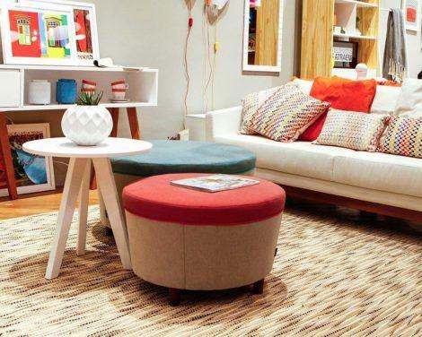 puffs decorativos 470x376 - Modelos de Puff decorativo para sala de estar coloridos e charmosos