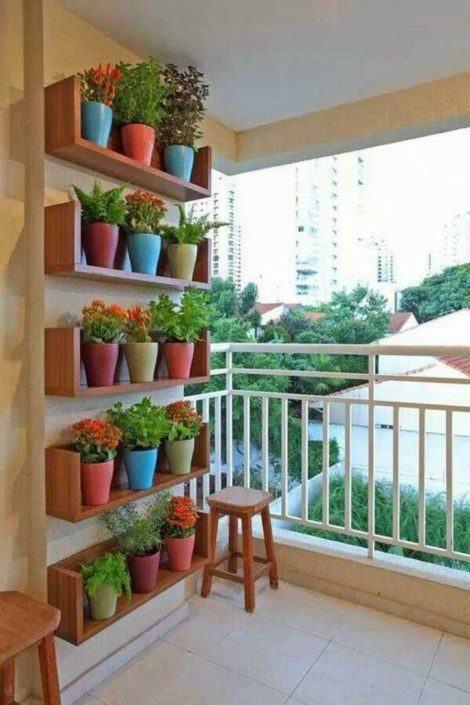 horta vertical decorativa 470x705 - HORTA VERTICAL PARA SACADA do apartamento, veja