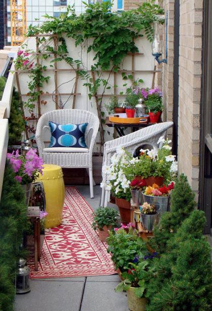 plantas e horta na sacada de apartamento 420x614 - HORTA VERTICAL PARA SACADA do apartamento, veja