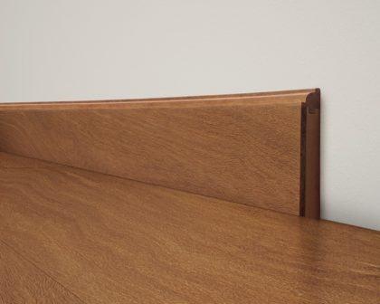 modelos simples de rodape de madeira