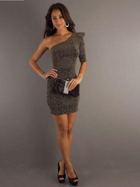vestidos curtos para balada 4 470x627 - Modelos de VESTIDOS CURTOS DA MODA jovem pra sair
