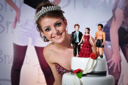 cerimonial de 15 anos bolo criativo 420x279 - Cerimonial de 15 anos – I parte - Dicas para o aniversário