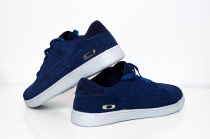 tenis oakley masculino azul de veludo 420x278 - Tênis Oakley masculino moda jovem para seus pés