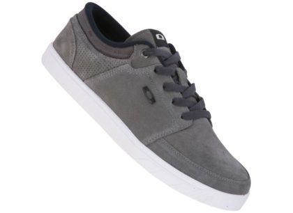 tenis oakley masculino cinza 420x306 - Tênis Oakley masculino moda jovem para seus pés
