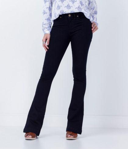 calcas flare jeans 420x487 - CALÇAS FLARE JEANS moda feminina, como usa-las