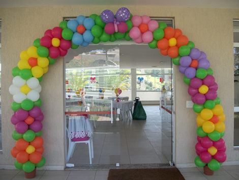 decoracao com baloes aniversario infantil 470x353 - DECORAÇÃO COM BALÕES PARA ANIVERSÁRIO infantil