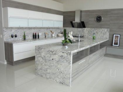 fotos granitos para cozinha ilha 420x315 - TIPOS DE GRANITO para cozinha, banheiro, churrasqueira