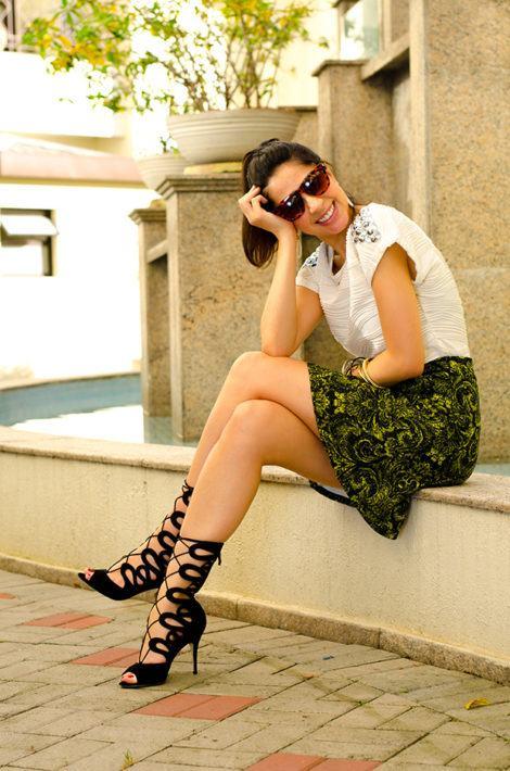 imagem 27 1 470x710 - SANDÁLIAS GLADIADORAS DE SALTO com saia, calça, shorts e vestido