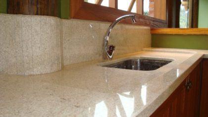 tipos de granito para cozinha 420x236 - TIPOS DE GRANITO para cozinha, banheiro, churrasqueira