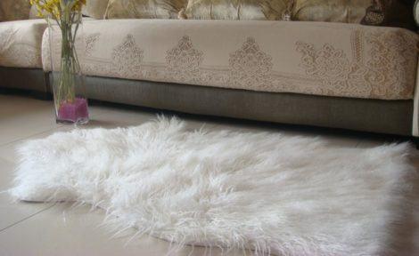 19 470x288 - TAPETE DE PELE DE CARNEIRO decoração e conforto pra sua casa
