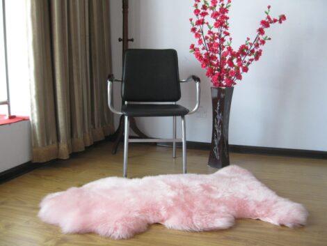 30 470x353 - TAPETE DE PELE DE CARNEIRO decoração e conforto pra sua casa