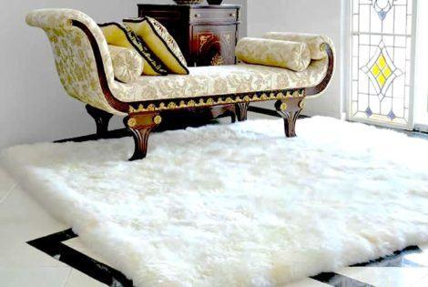 tapete pele de carneiro para sala principal de casa 470x315 - TAPETE DE PELE DE CARNEIRO decoração e conforto pra sua casa