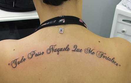 tatuagem com texto biblico 3 - Tatuagem Religiosa (Tipos e áreas do corpos com a tattoo )