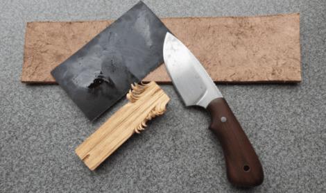 amolar faca com lixa 470x278 - Como Afiar a Faca de Churrasco ou de Açougue facil