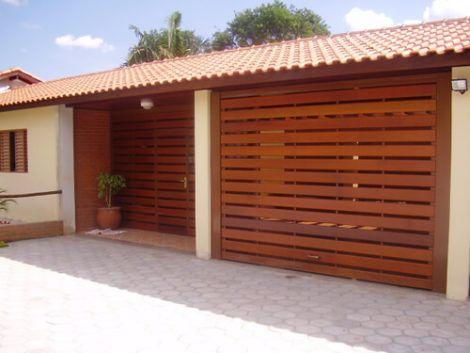 grades de madeira para muro 2 470x353 - Modelos de Grades para Portão e muro de frente