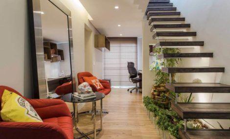 hall de entrada com escada 2 470x284 - Hall de Entrada Decorado com Sofisticação, Modelos