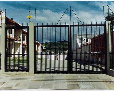 imagem 20 1 - Modelos de Grades para Portão e muro de frente